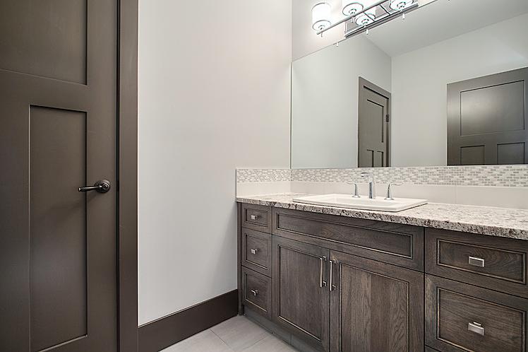 Estate home | Bathroom 5 - M8TRIX5.com Development