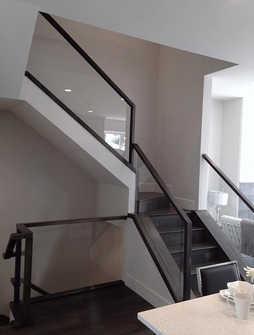 Single family home | Staircase - M8TRIX5 Development