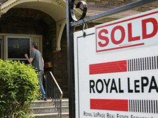 Canadian home sales slipped 3% in July while average price fell to $662,000