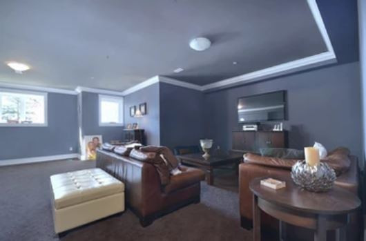 Crystal Creek Anmore family room.JPG