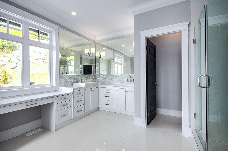 Estate home | Bathroom 2 - M8TRIX5.com Development