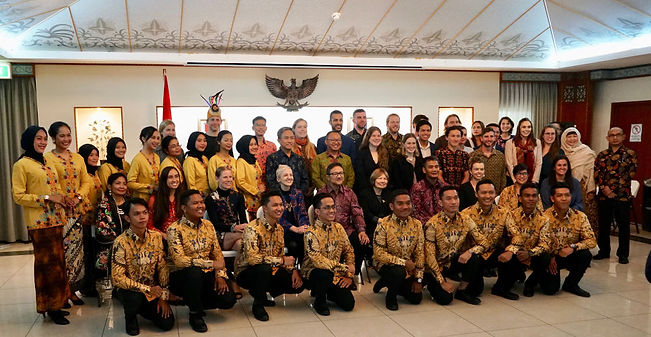 The Indonesian and Australian AIYEP students in formal photo at the Indonesian embassy
