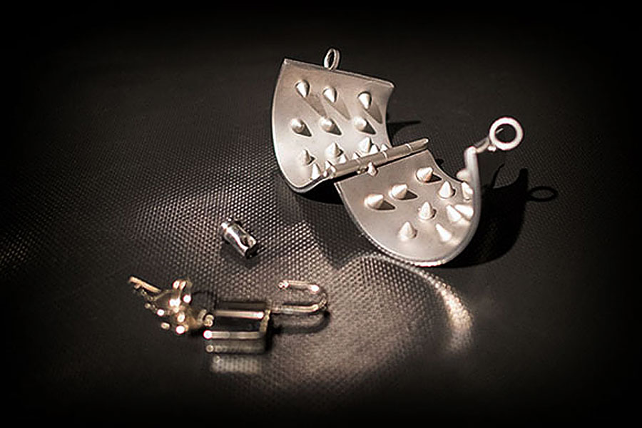 Stahl hodenparachute Spikes