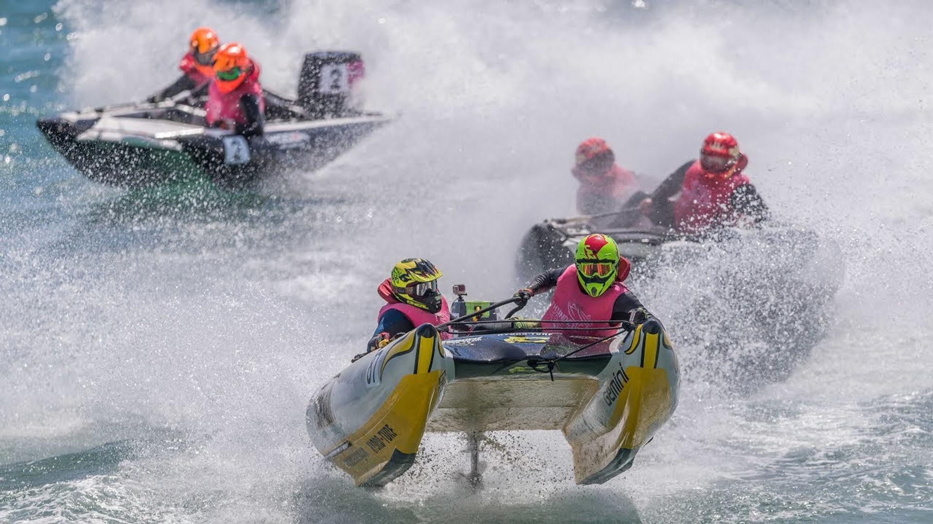 Insane Thundercat Racing UK action