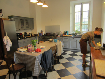 Staf aan het werk keuken la bonette