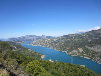Col de la bonette - Lac de serre poncon.