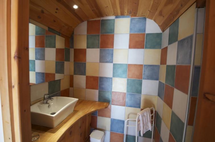 Badkamer Marmotte - mijnfietsreis.jpg