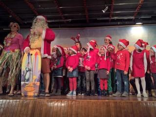 Grande successo per il 'Babbo Natale con windsurf' alla festa della Consulta del Volontariat