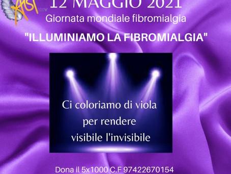 Giornata Mondiale Fibromialgia: l'Amministrazione illumina di viola il piazzale della stazione.