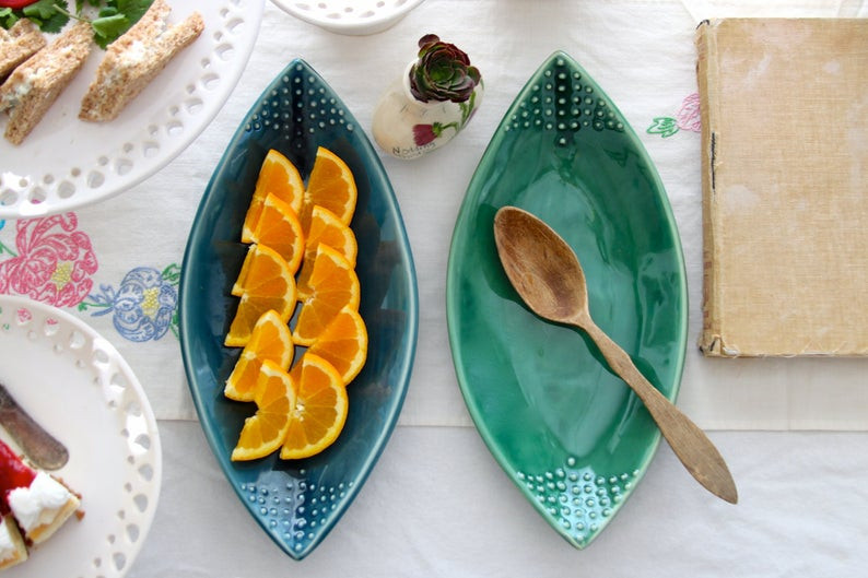 Teardrop Leaf Platter - great choice for autumn feast.