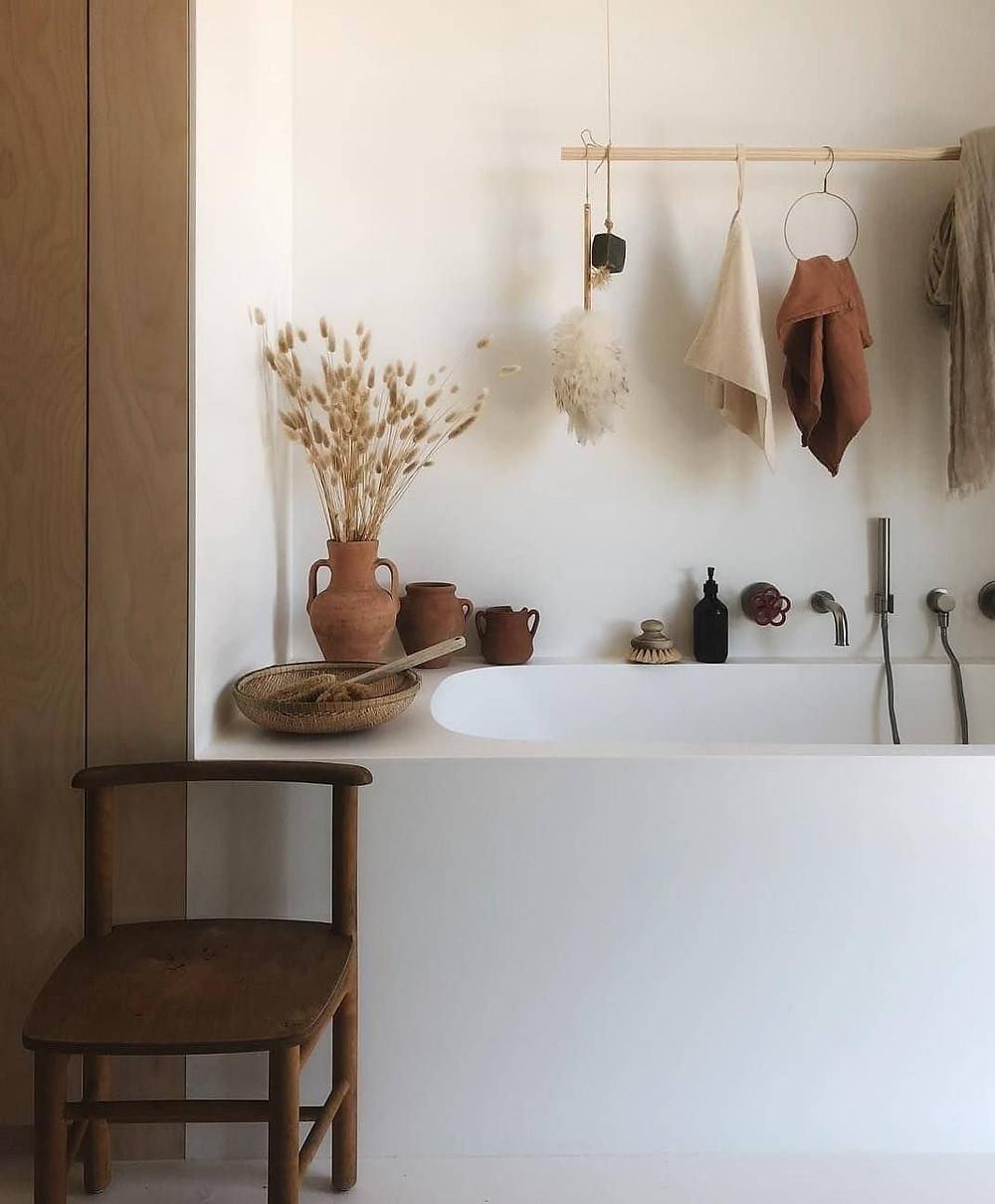 Spa bathroom accessorise