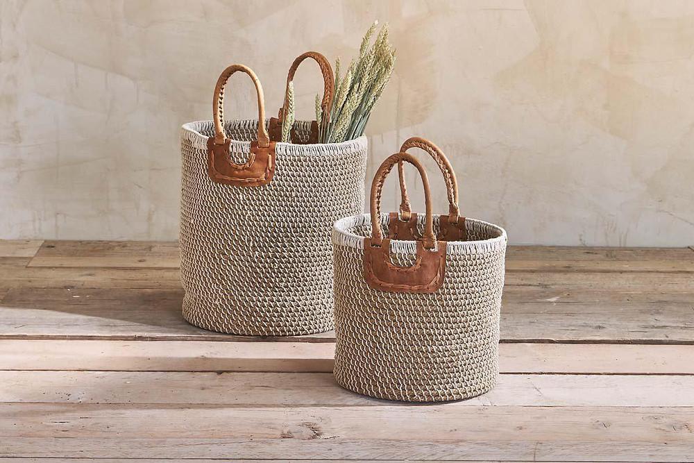 Zen bathroom decor - natural baskets.