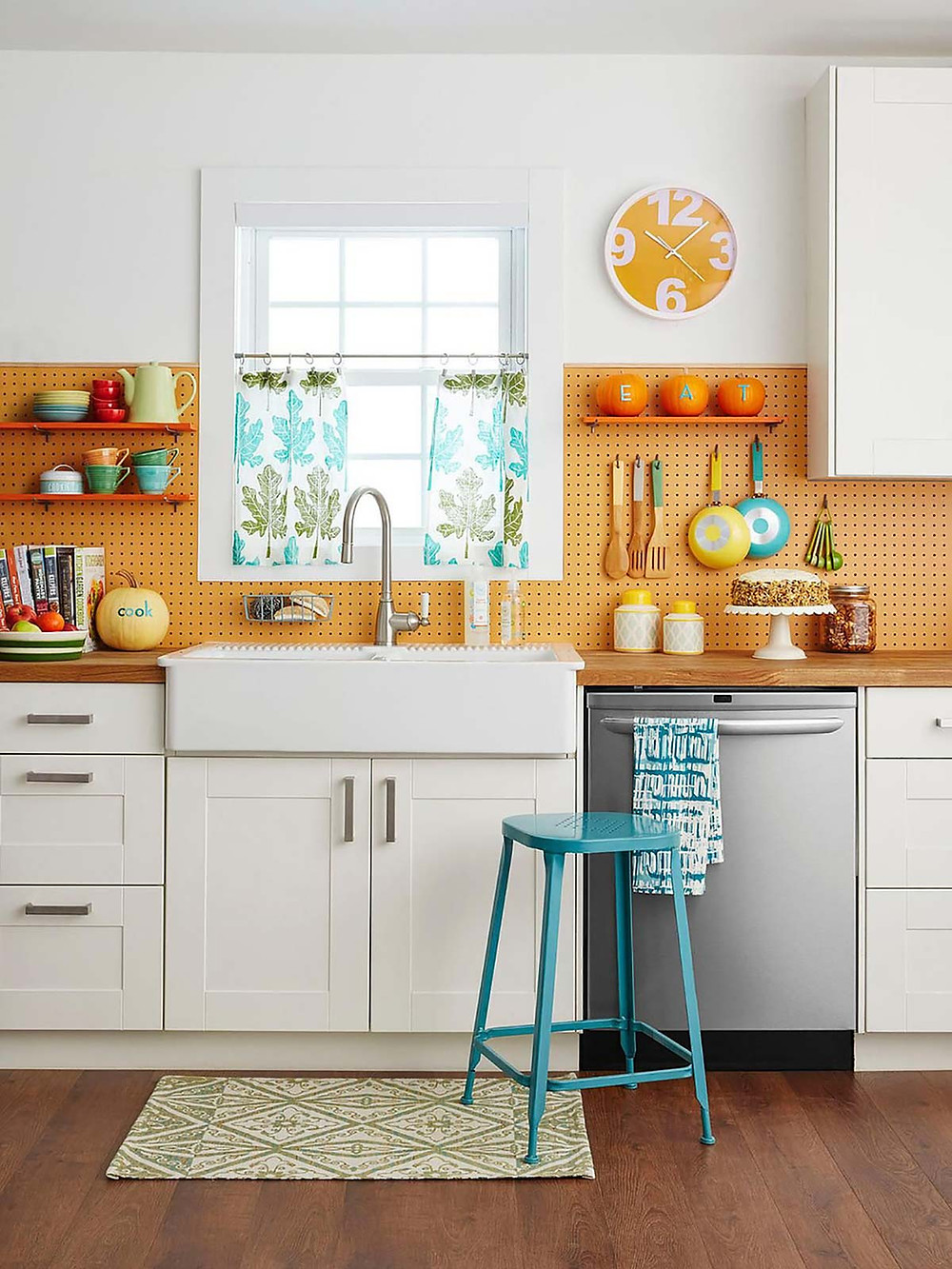 orange wall kitchen design