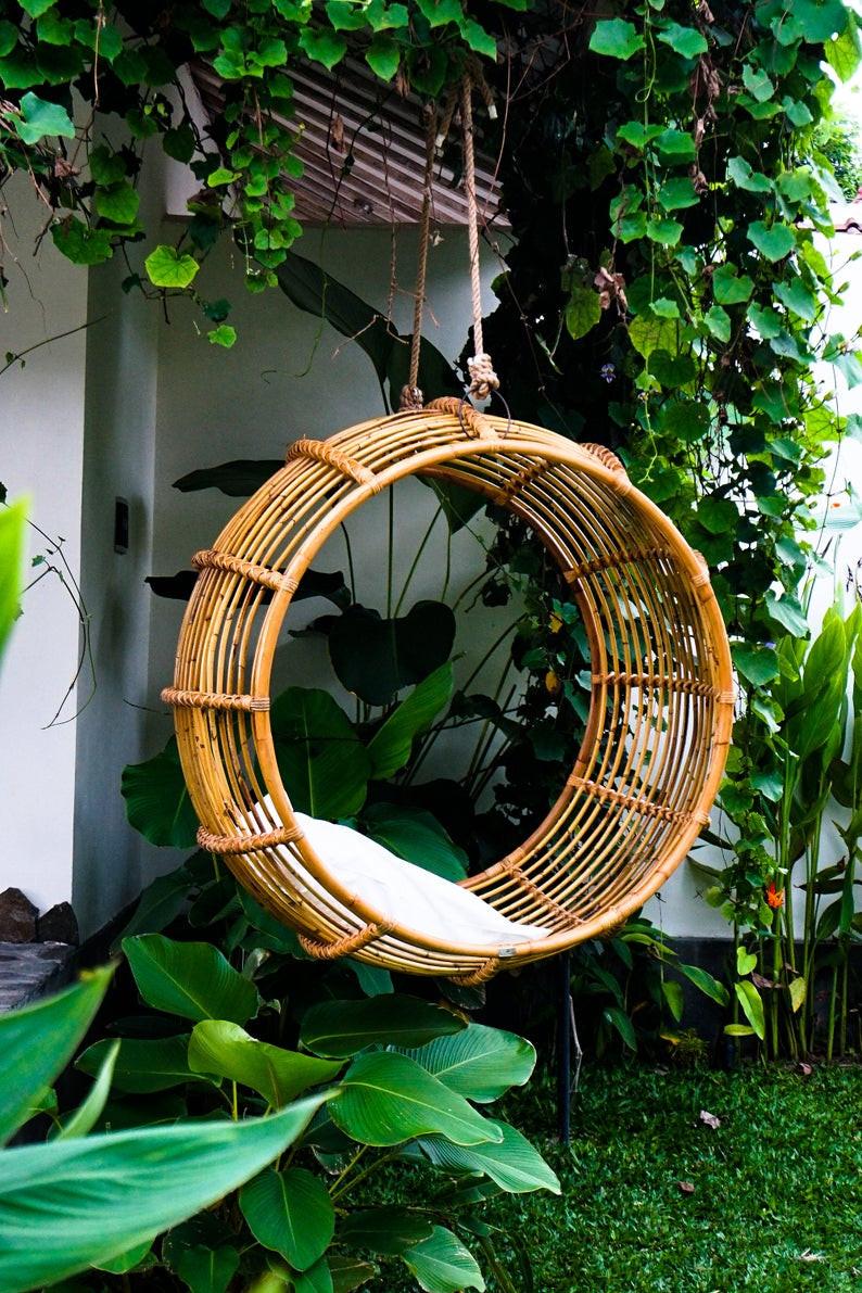 round handmade rattan hanging chair