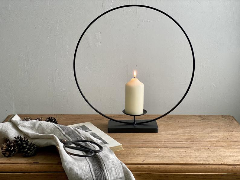 Black Metal Ring Candle Holder