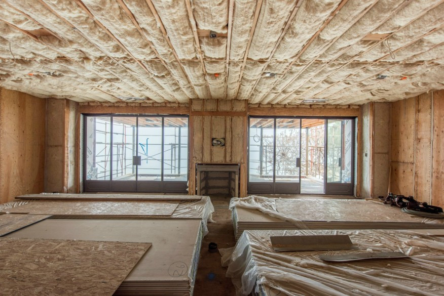 Natural eco friendly material - sheep's wool as a great insulator, built in the ceiling.