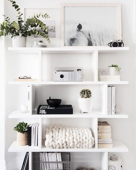 how to style a chic minimalist bookshelf