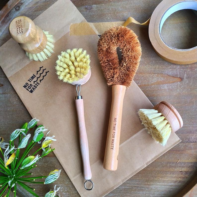 Kitchen Brush Washing Up Kit as Eco Gift