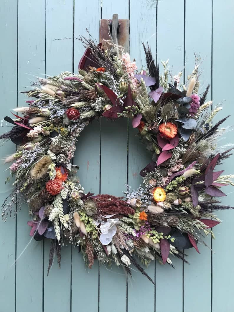 Wreath Making Kit with Dried Flowers, perfect autumn decor item