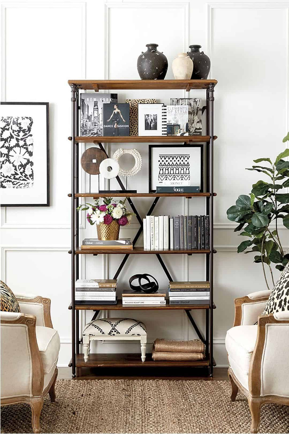 Bookshelf styling idea in a traditional style