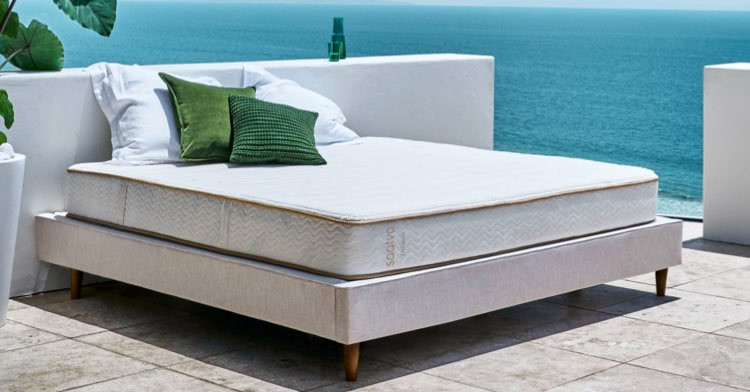 Eco friendly luxury mattress Saatva