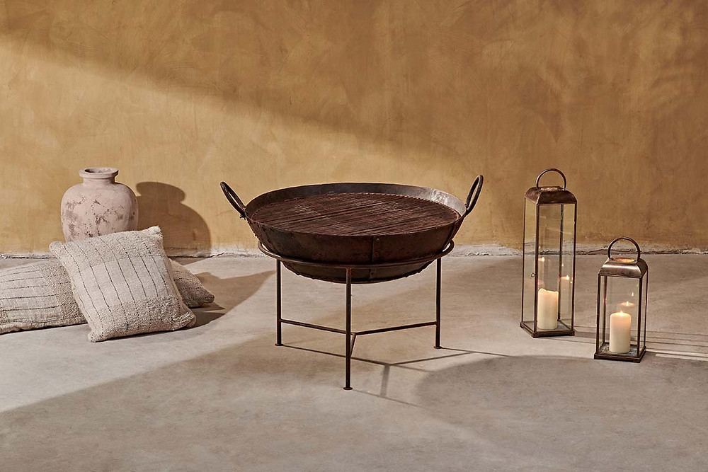 Reclaimed Iron Fire Pit With Grill in Rust Colour