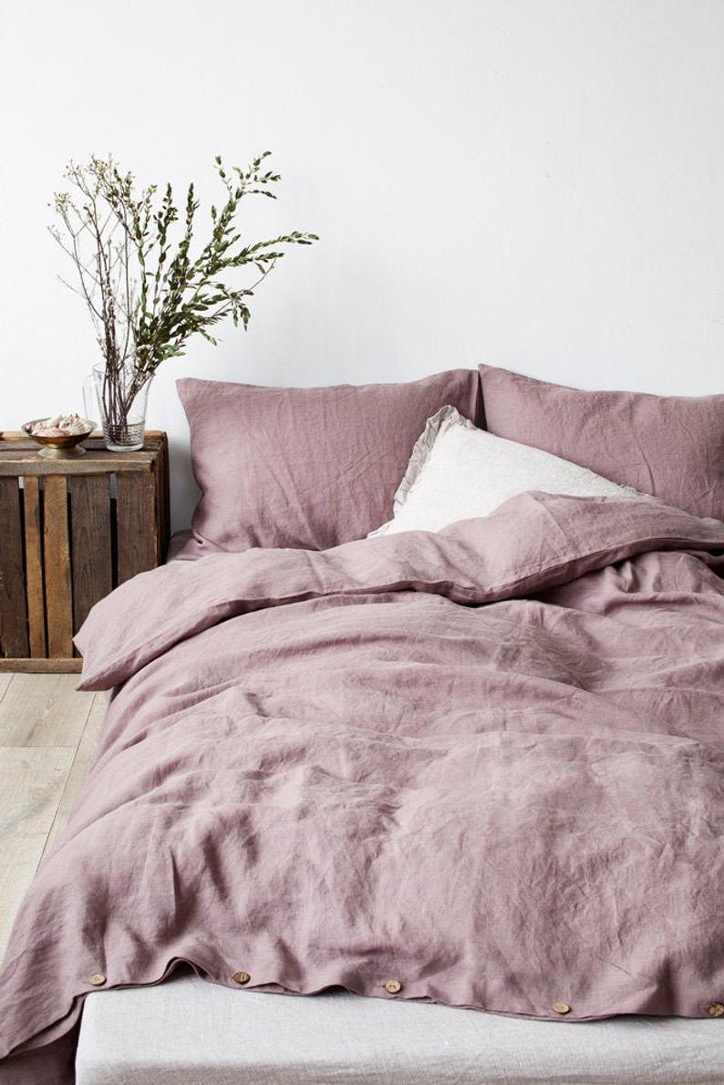 Eco Friendly romantic ash pink linen bedding by Linen Tales US. Click on the image to get yours directly from the maker