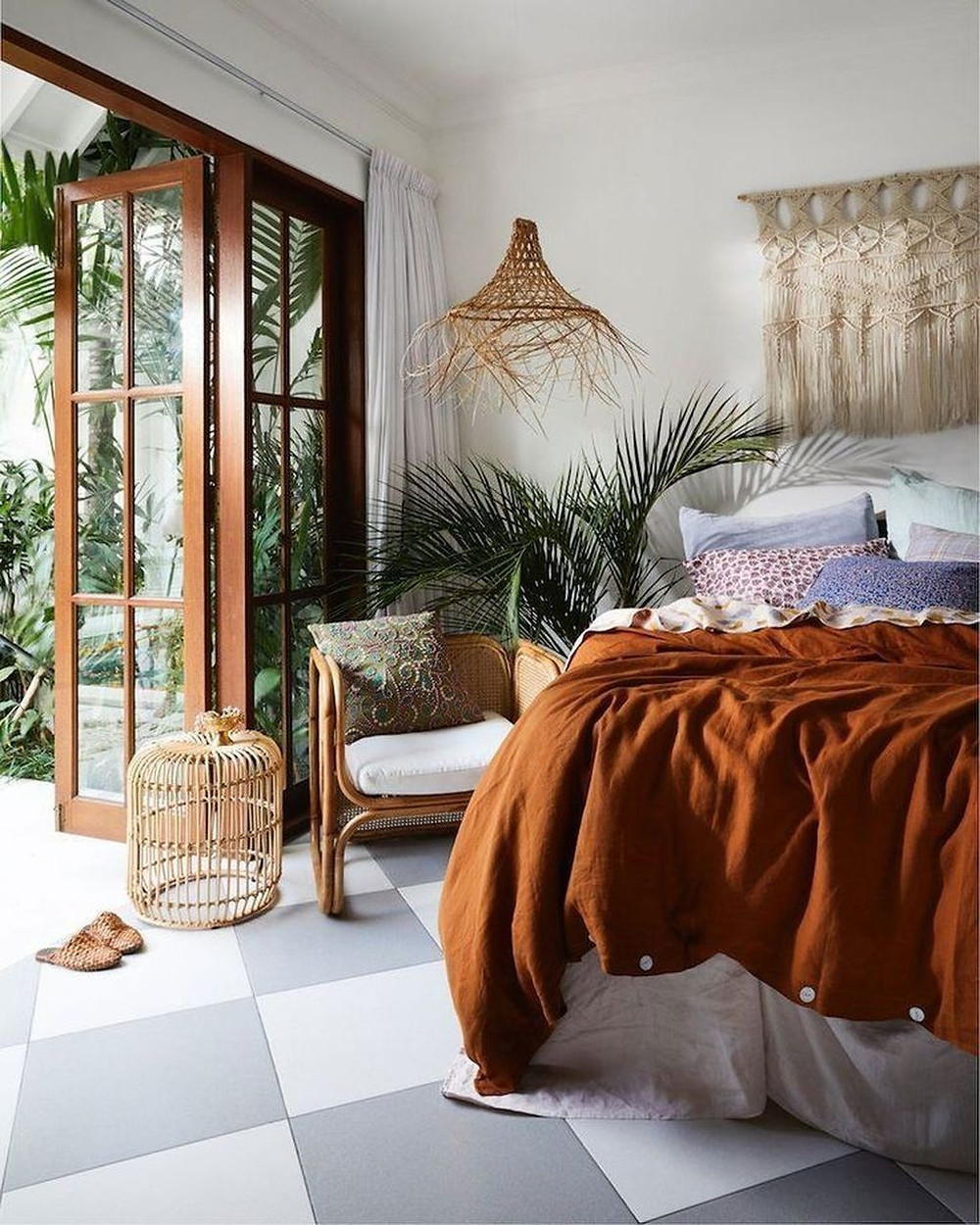 Cosy bedroom with earthy tones