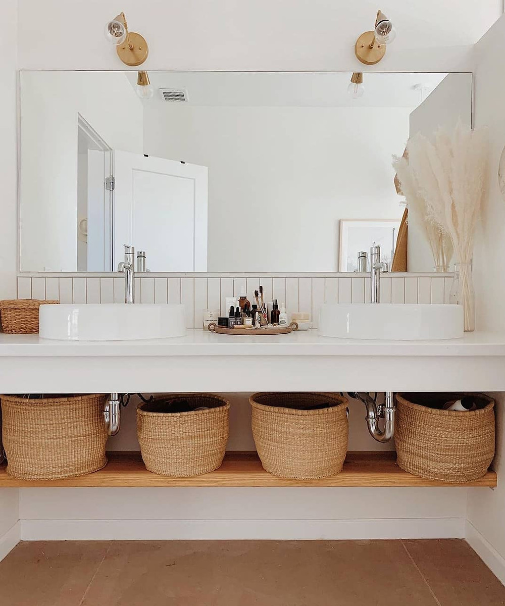spa bathroom organising