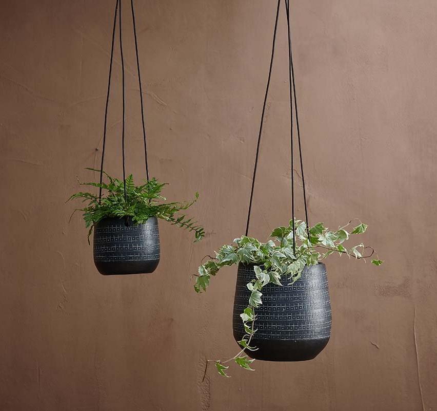 Black Minimal Hanging Planter