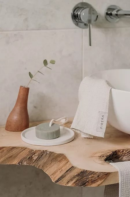 Eco Friendly home decor brand Firera. Linen and jute home textiles, wooden accessories, sustainable gifts, and zero-waste items.