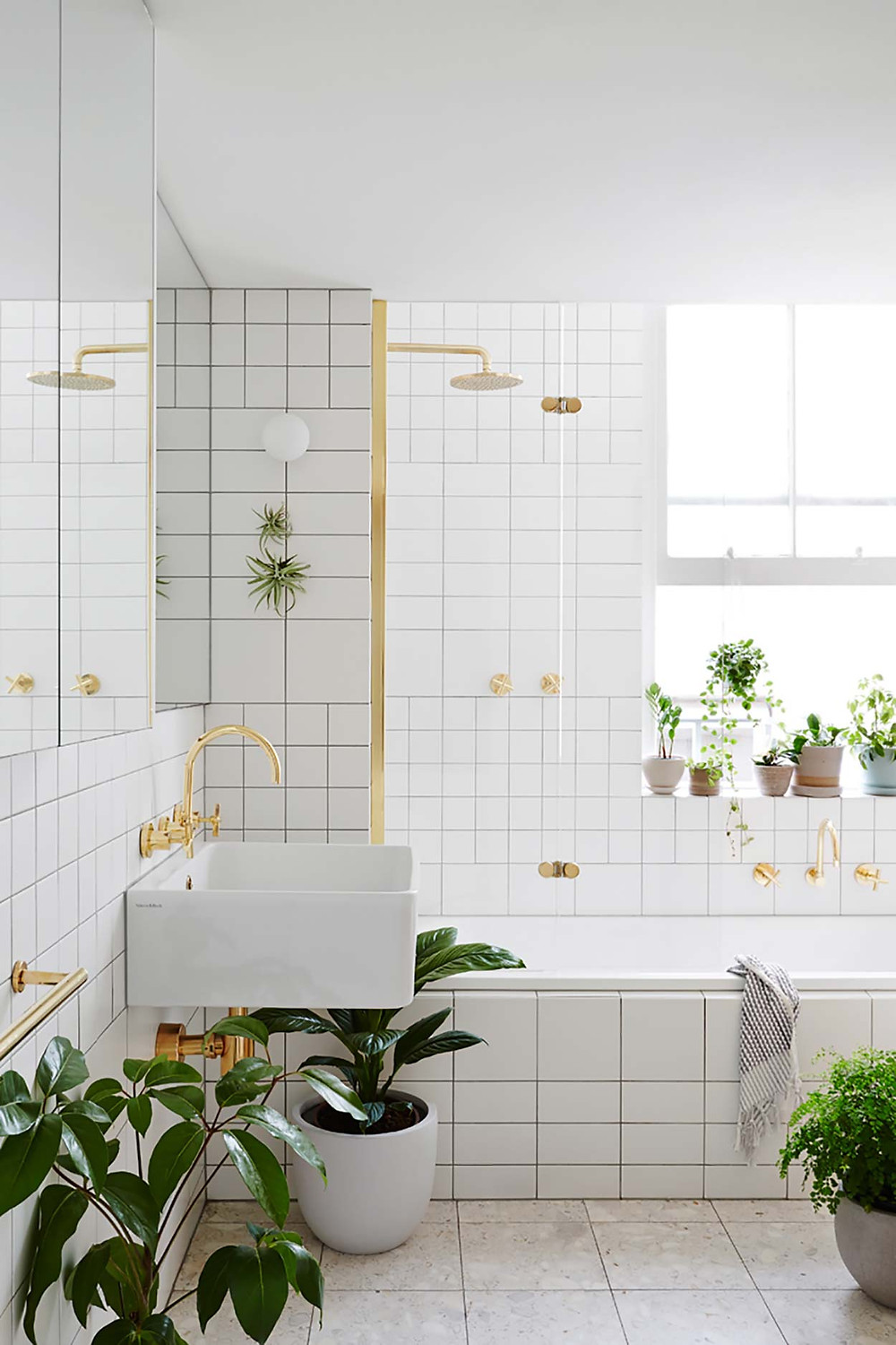 Biophilic Interior Design bathroom
