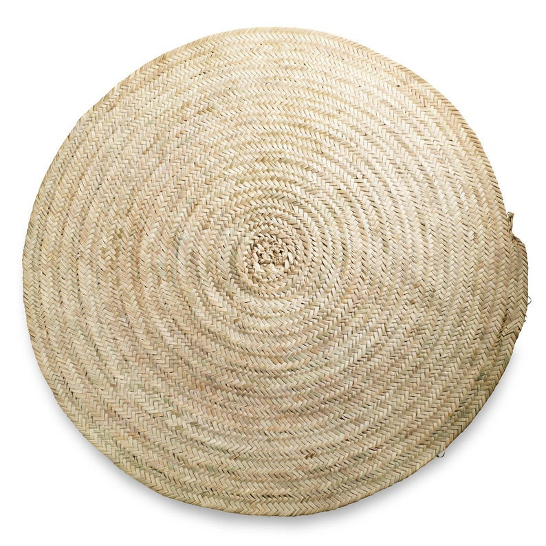 round palm carpet from braided palm leaves