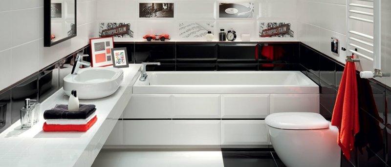 petite-salle-de-bains-baingoire-rectangulaire-toilettes-vasque