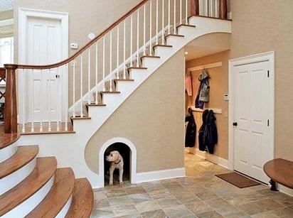 Niche sous escalier