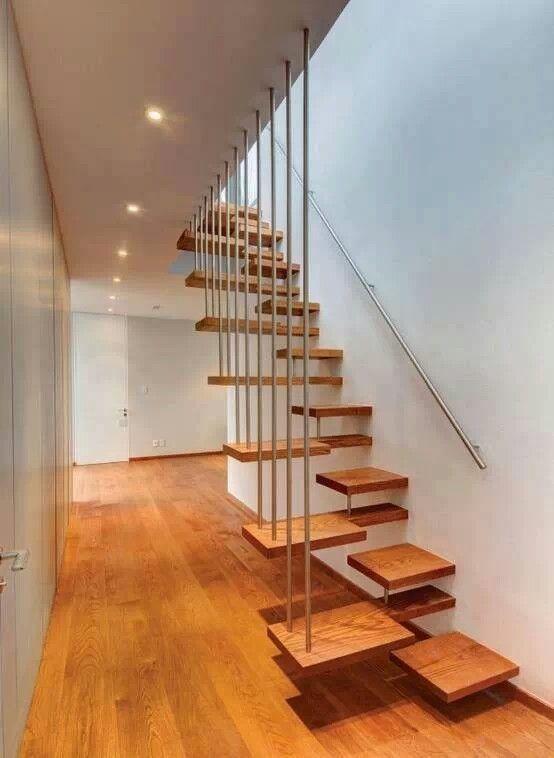 escalier bois original
