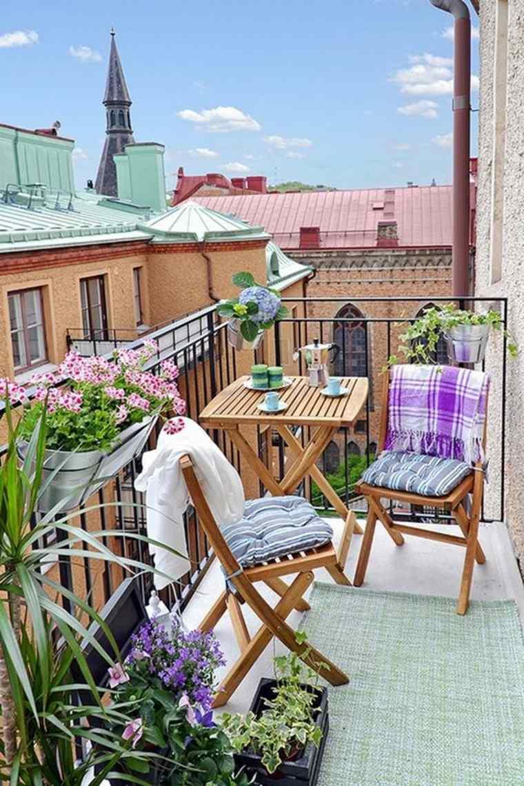 balcon-chaise-bois-idee