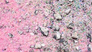 White on Pink 09503