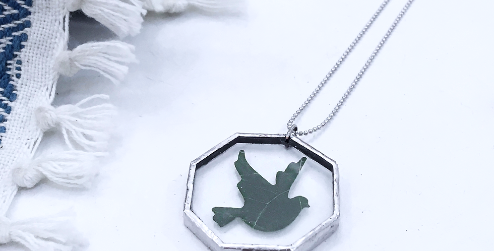 FOREST NECKLACE . DOVE LEAF . SILVER