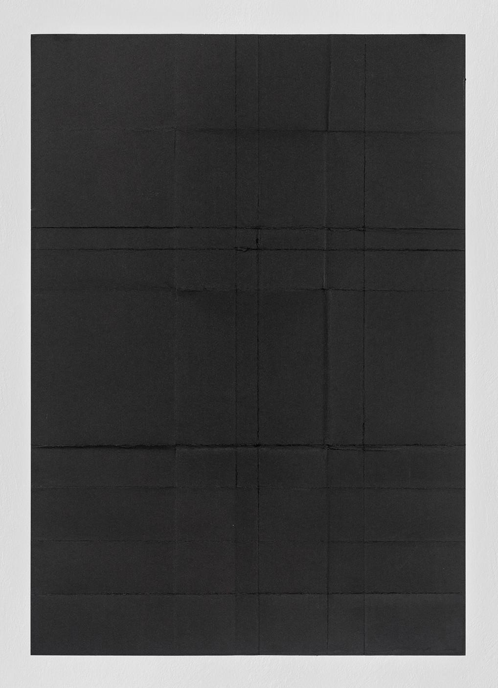 sem títuli 2014 papel algodão preto dobrado 100x70cm