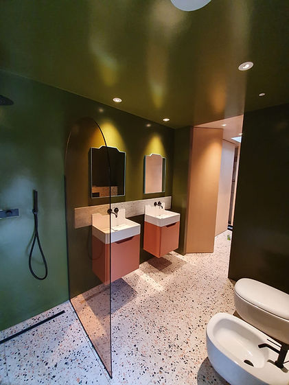 great-bathroom.jpg