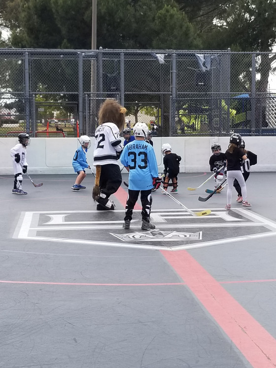 LA Kings Bailey, Visits Burbank Sports Center!