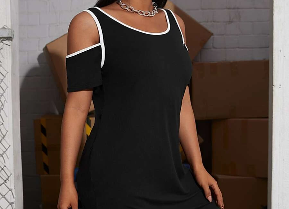 little black dress w/white piping