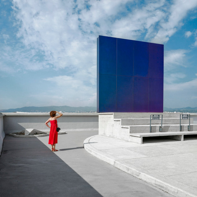 La robe rouge, Marseille