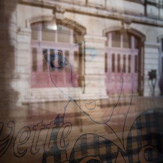 Reflet pastel, Tours