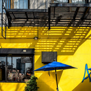 Blue umbrella, NY