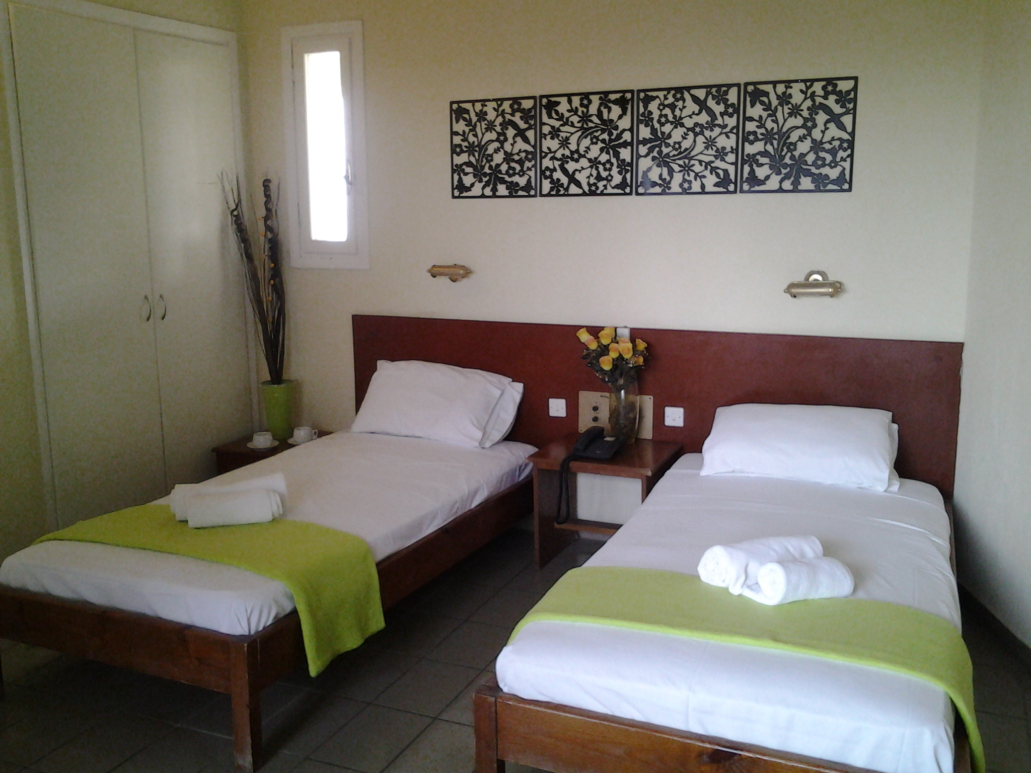 apartment hotel kavos