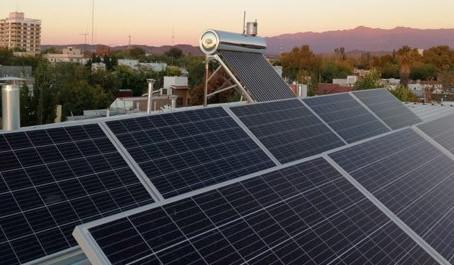 El Colegio Rainbow, uno de los pioneros en Mendoza en incorporar energías renovables