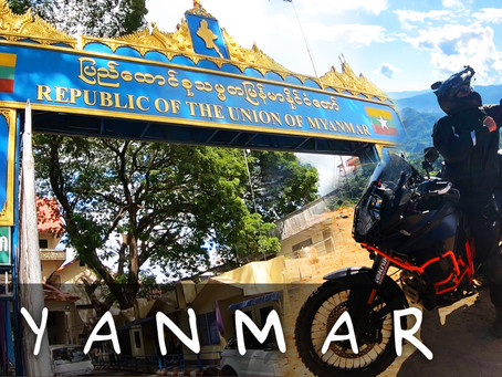 CROSSING THAILAND/MYANMAR BORDER ON OUR MOTORCYCLE (GOLDEN TRIANGLE!)