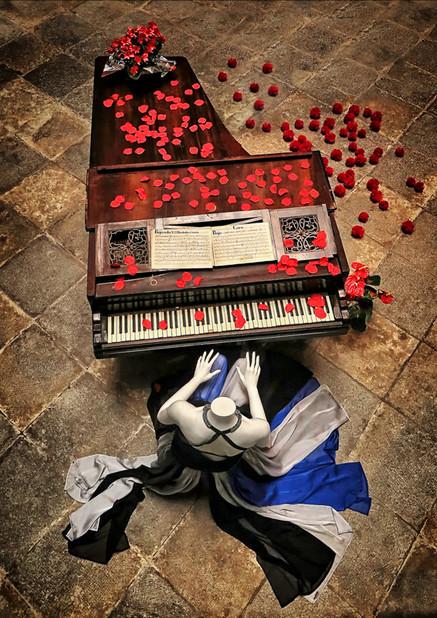 04 The Piano  18.jpg